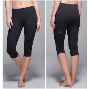 Lululemon Ebb and Flow Charcoal Gray Crop